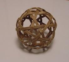 六角籠目と鉄線編み球