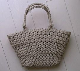 花結び編み広がりバッグ